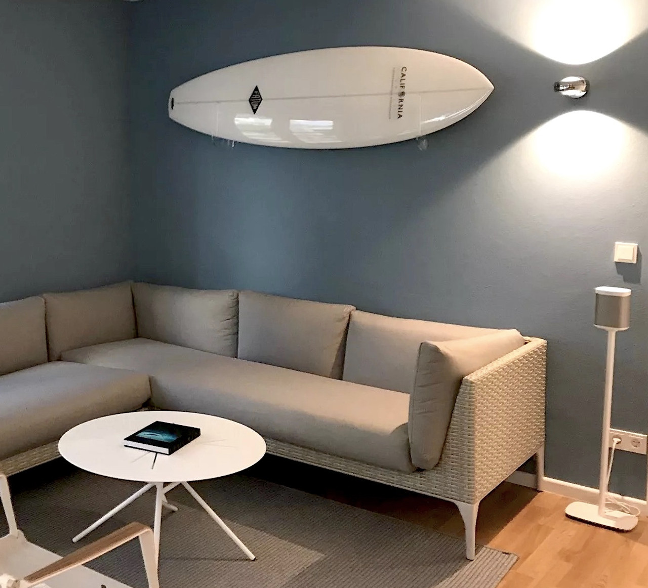clear surfboard display wall mount
