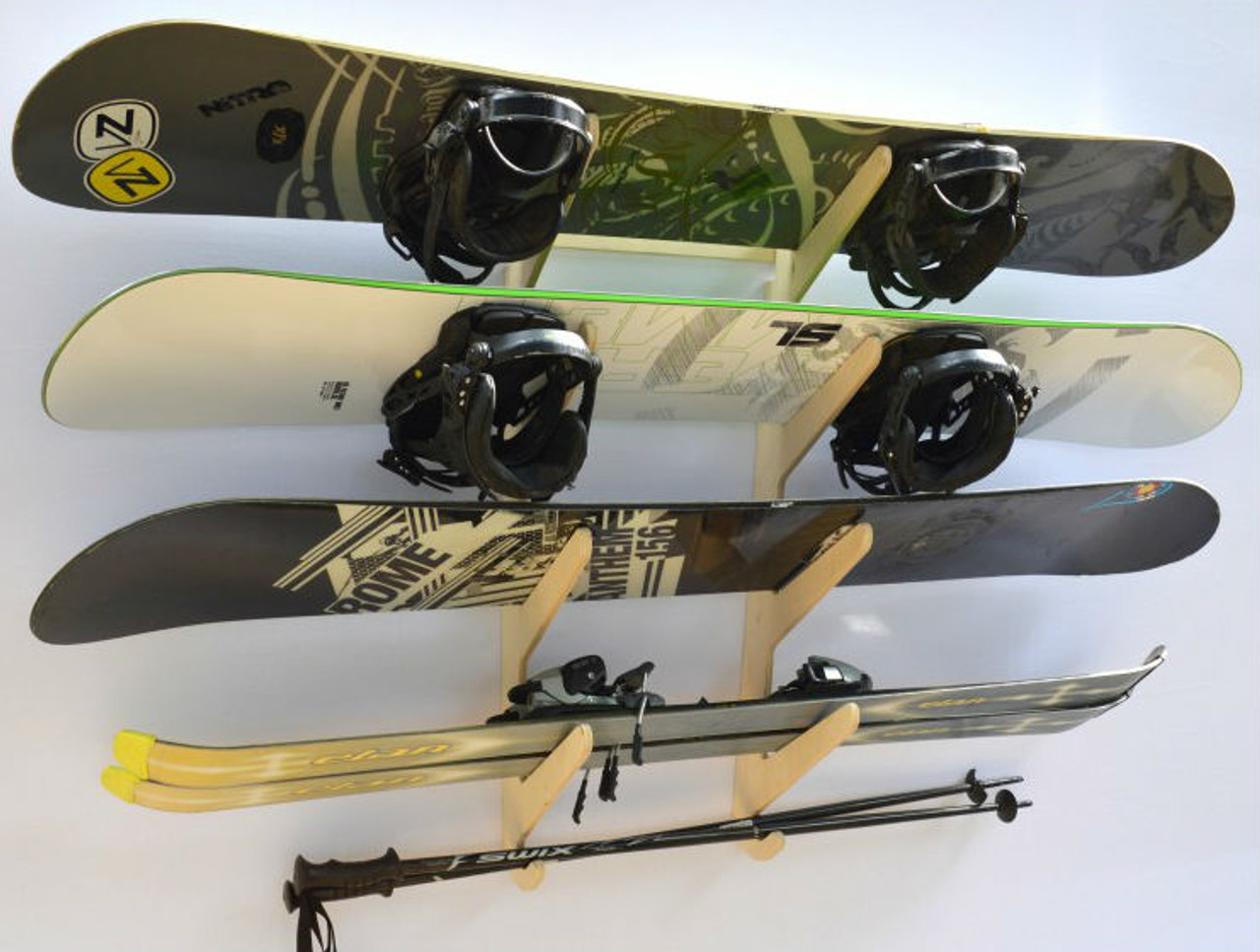 multi ski and snowboard wall hanger
