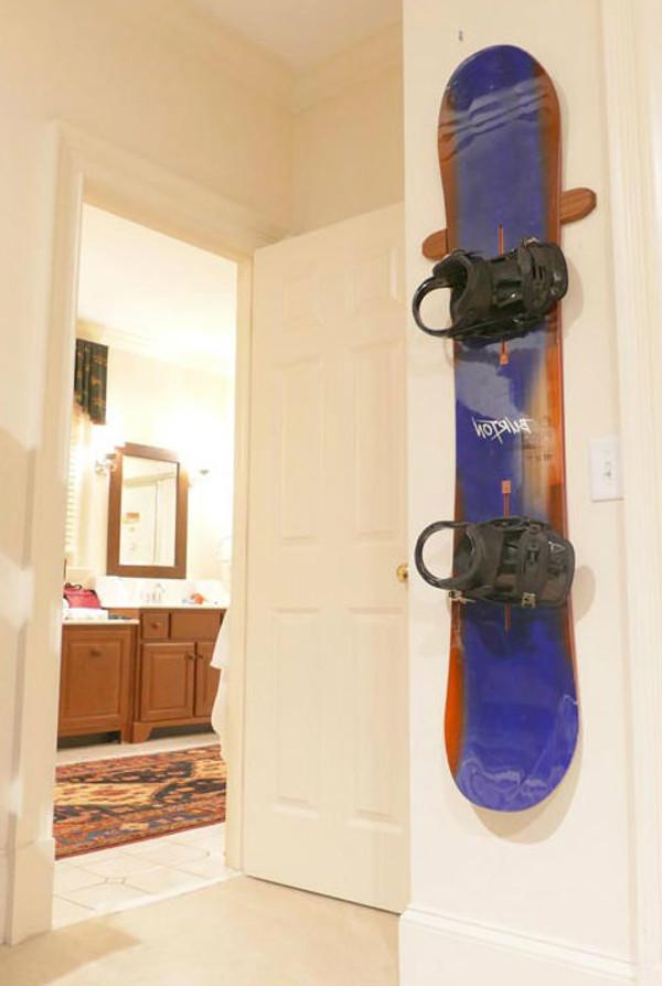 Snowboard Wall Rack Hanger Display Mount