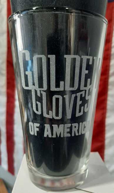 Etched Golden Gloves Pint glass