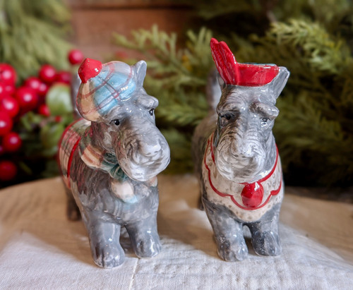 Pair of Festive Scottie Dog Salt and Pepper Shakers - B