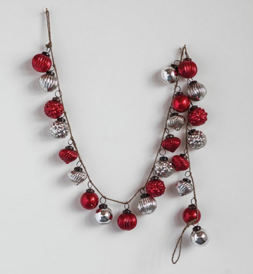 Embossed Mercury Glass Christmas Ornament Garland in Crimson and Silver