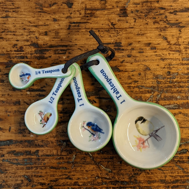 Set of Ceramic Measuring Spoons with Bird Images - A