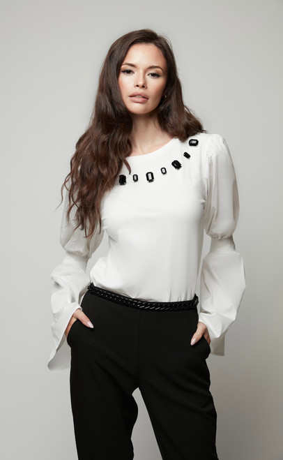Top with puff-sleeve
