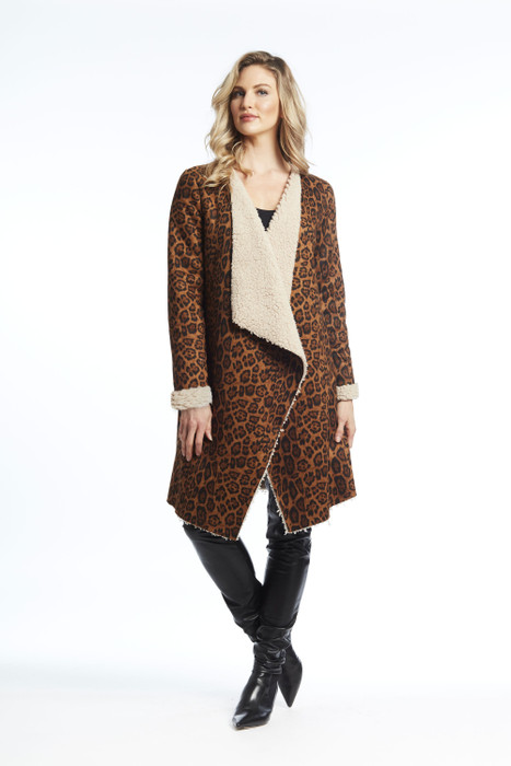 Leopard printed faux shearing coat