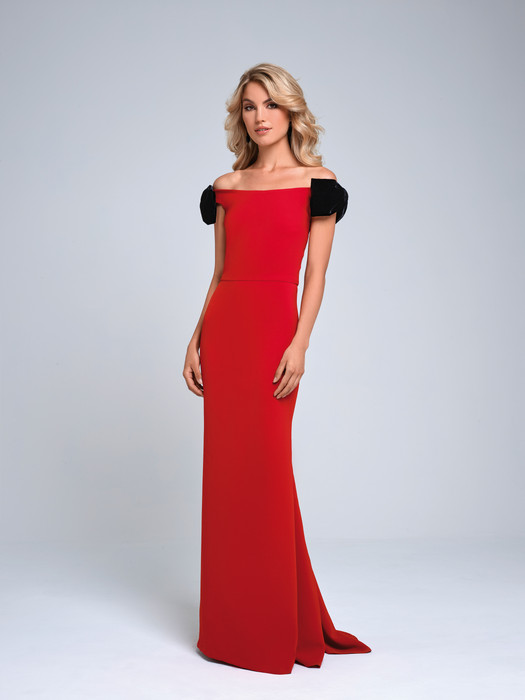 Beautiful Gown With Velvet Bow