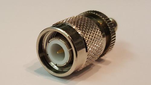 Barrel Adapter TNC Male to SMA Female