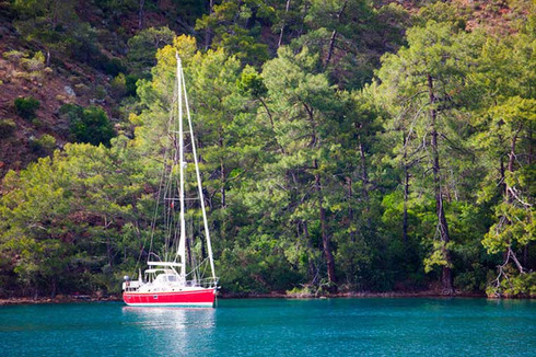 How to Boost Cell Phone Reception on Your Boat or Yacht