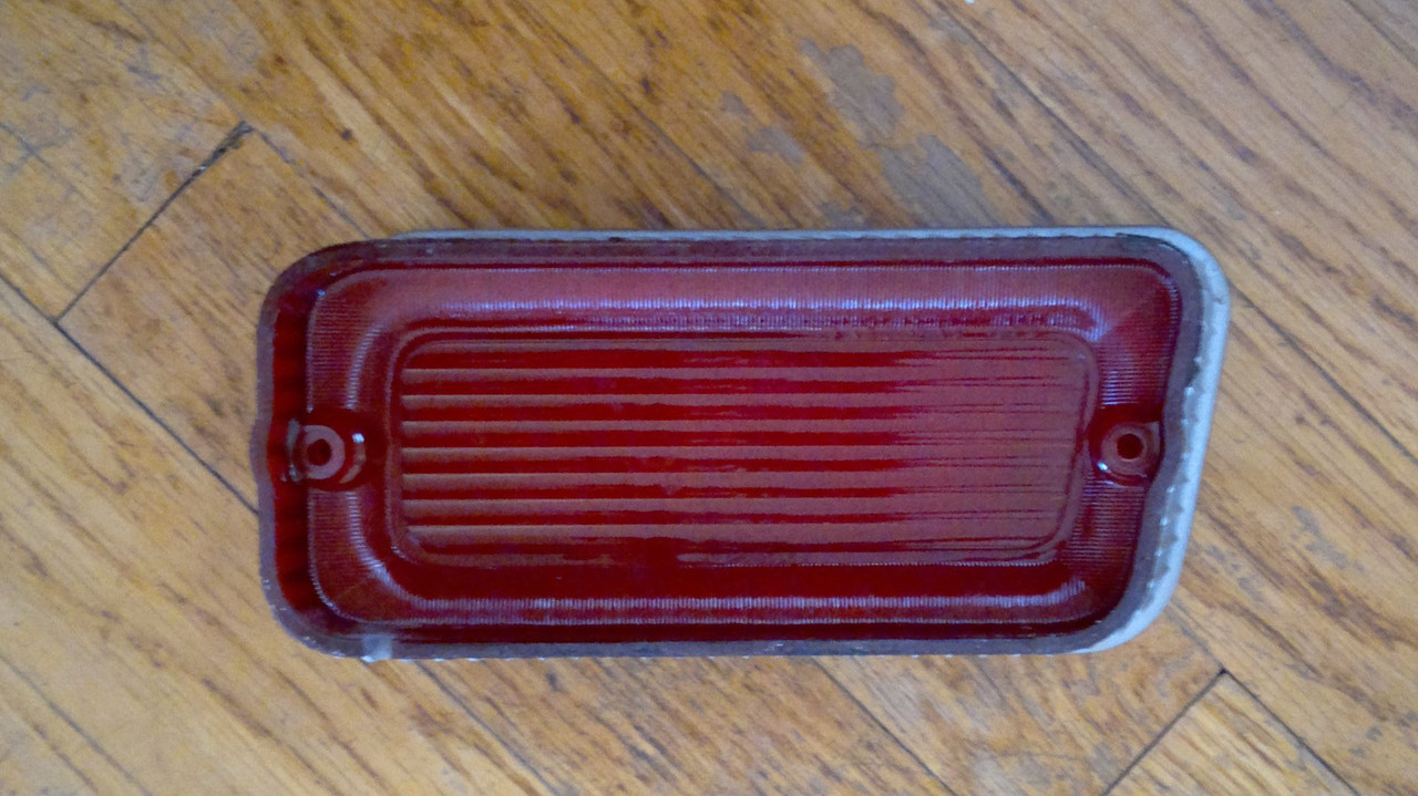 Original GM 1969 Chevrolet Caprice 1969 Impala Outer Tail Light Lens-LH
