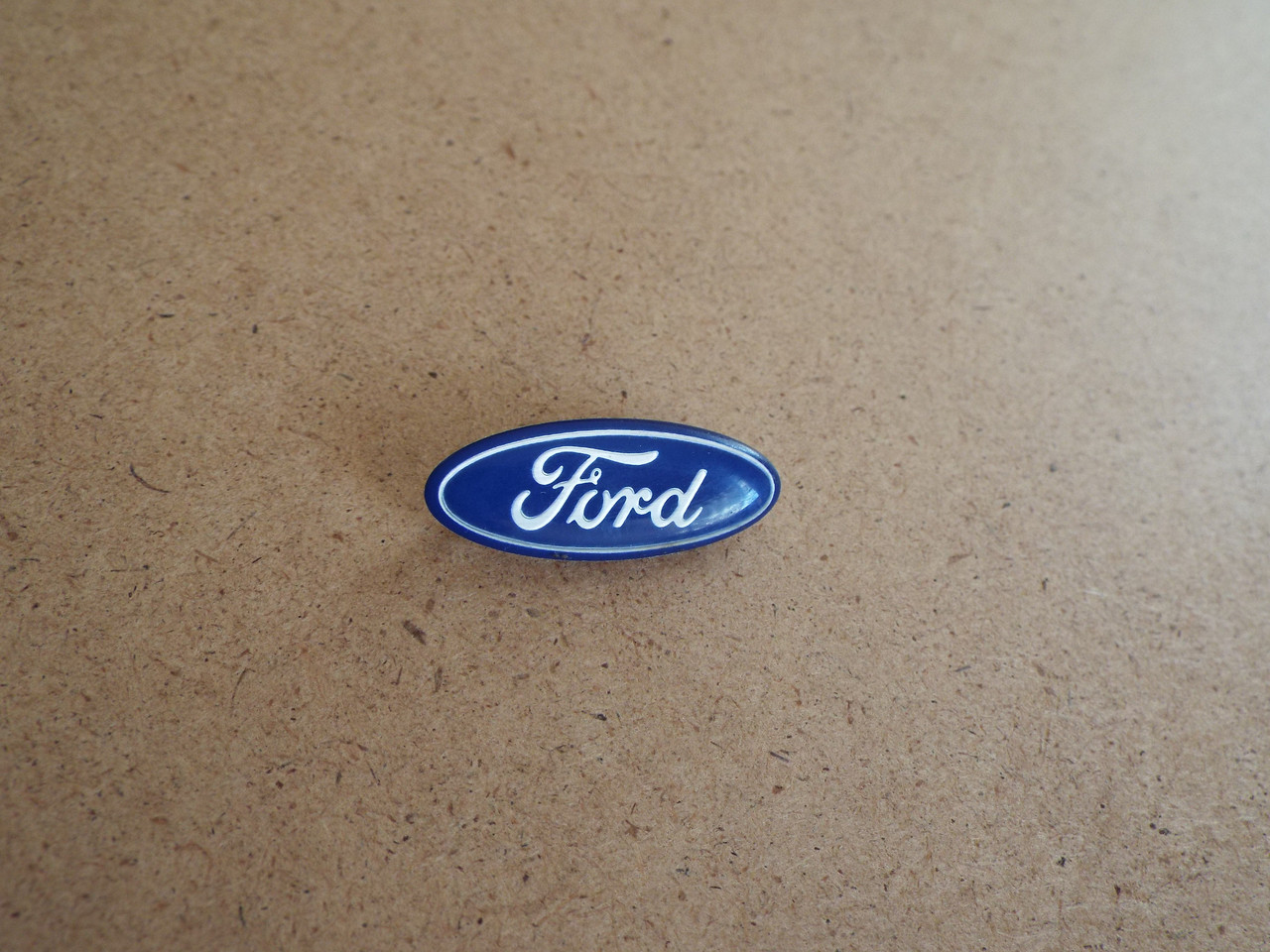 1989 Ford Mustang GT Horn Pad-Horn Button Emblem-Badge 1988 Ford Mustang GT Horn Pad-Horn Button Emblem-Badge 1987 Ford Mustang GT Horn Pad-Horn Button Emblem-Badge 1986 Ford Mustang GT Horn Pad-Horn Button Emblem-Badge 1985 Ford Mustang GT Horn Pad-Horn Button Emblem-Badge 1984 Ford Mustang GT Horn Pad-Horn Button Emblem-Badge 1983 Ford Mustang GT Horn Pad-Horn Button Emblem-Badge