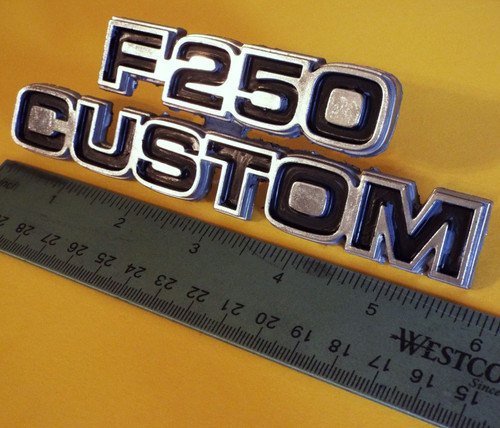 Original 1977-1978-1979 Ford F-250 Custom Fender Emblem-Badge