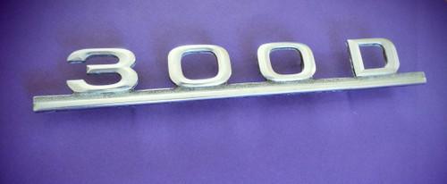 1976-1977-1978-1979-1980-1981-1982-1983-1984-1985 Mercedes Benz 300D Trunk Lid Emblem-Badge