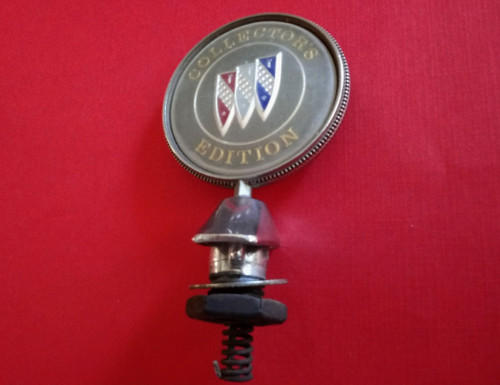 1996 Buick Roadmaster Collector's Edition Hood Ornament