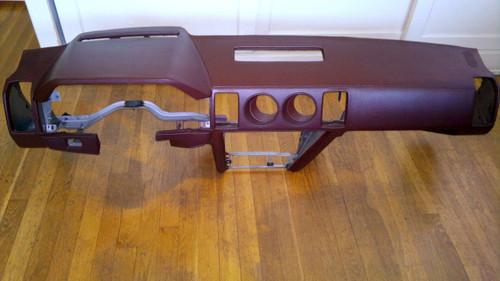 1984-1985-1986 Nissan 300ZX Dashboard-Burgundy