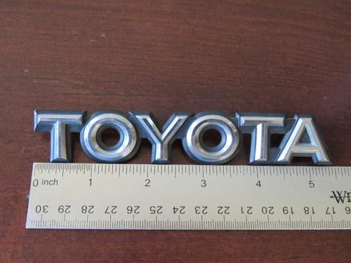 1985 Toyota Camry-Toyota Trunk Lid Emblem-Badge 1984 Toyota Camry-Toyota Trunk Lid Emblem-Badge 1983 Toyota Camry-Toyota Trunk Lid Emblem-Badge 1982 Toyota Camry-Toyota Trunk Lid Emblem-Badge