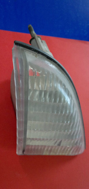 1987-1988 Ford Thunderbird Signal Light-RH