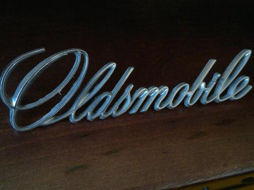 1973 Oldsmobile Delta 88- Oldsmobile Trunk Lid Emblem-Nameplate