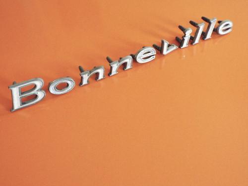1968 Pontiac Bonneville-Bonneville Fender Emblem-Nameplate