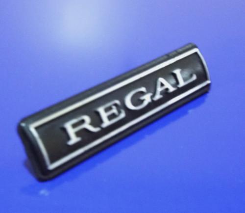 1976-1977 Buick Regal Dashboard Emblem