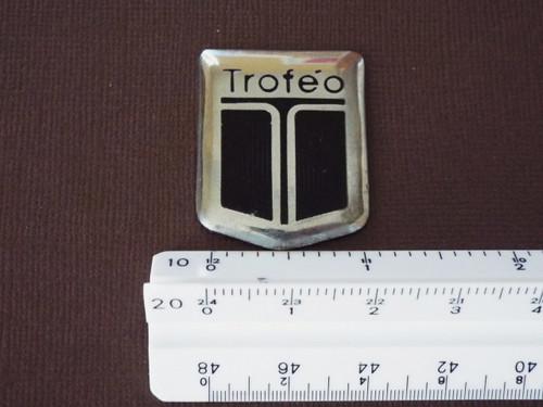 Original 1990-1991-1992 Oldsmobile Toronado Trofeo Fender Emblem-Badge