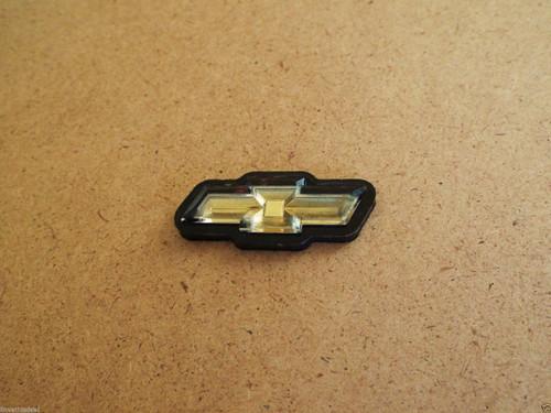 1980-1981-1982-1983-1984-1985 Chevrolet Impala Steering Wheel Horn Pad Emblem