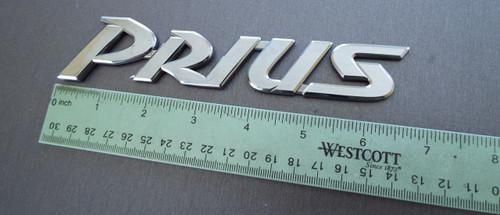 2000-2001-2002-2003 Toyota Prius Trunk Lid Emblem-Badge