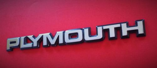 Original 1984-1985-1986-1987-1988-1989 Plymouth Voyager Liftgate Emblem-Badge