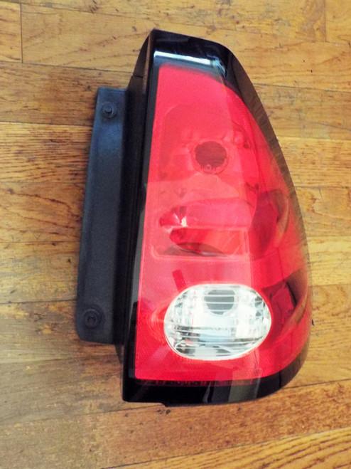 Original GM 2001-2002-2003-2004-2005 Pontiac Aztek Tail Light- RH
