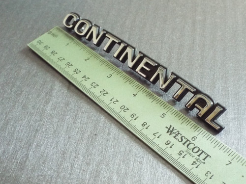 Original 1994 Lincoln Continental Door Side Molding Emblem-Badge