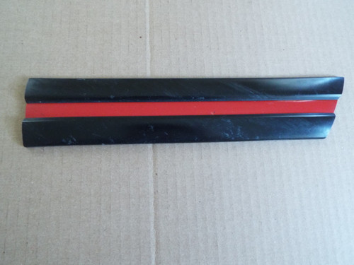 Original 1993-1994-1994-1995-1996 Jeep Cherokee Sport Quarter Panel Molding-RH