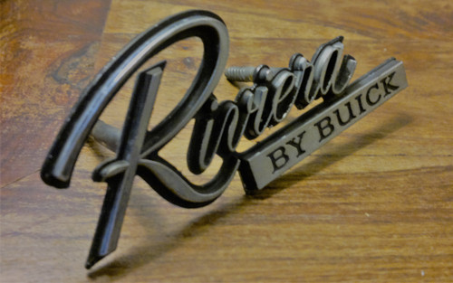 Original 1979-1980-1981-1982-1983-1985 Buick Riviera Radiator Grille Emblem-Badge
