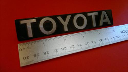 Original 1982-1983-1984-1985 Toyota Celica-Supra Toyota Hatch Emblem-Badge