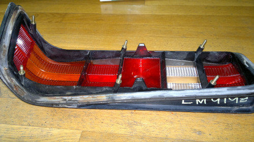 Original 1984-1985-1986-1987-1988-1989-1990-1991-1992-1993 Mercedes Benz 190E Tail Light Lens-LH