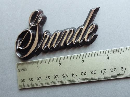 1986-1987 Oldsmobile 98 Grande Fender Emblem-Badge