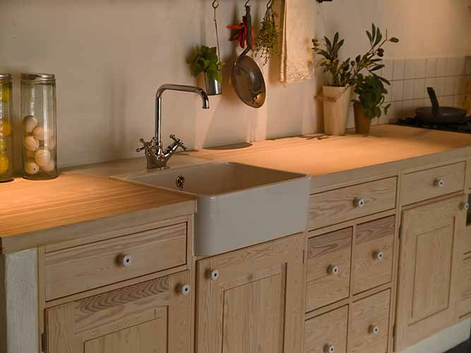 The Guide to Overlay and Inset Cabinet Doors