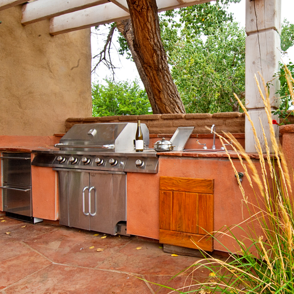 How to Make an Outdoor Kitchen