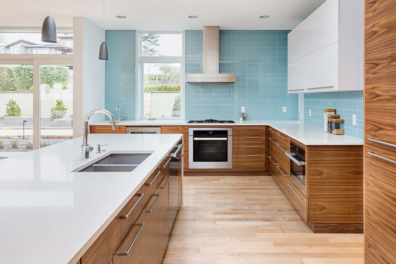Should Your Flooring Match Your Cabinets?