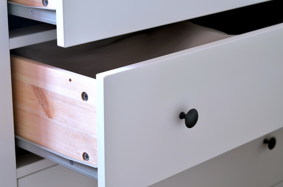How to Replace a Drawer Front