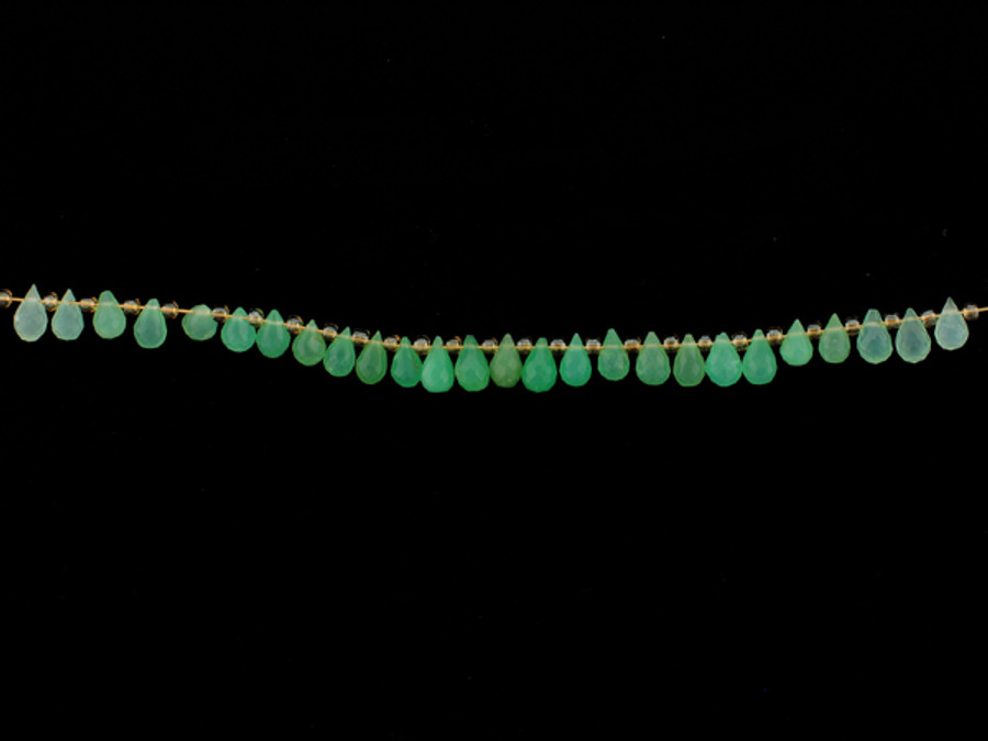 26 Count 4-6mm Green Chrysoprase Faceted Briolette (Sale)