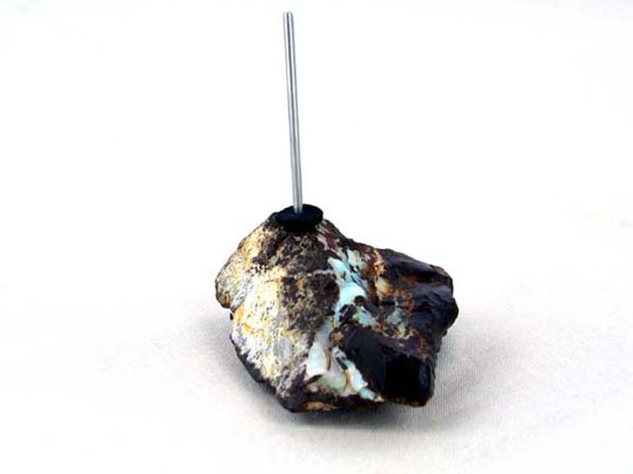 Boulder Opal 1 Prong Bead Display