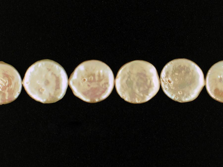 22 Count 16mm Peach Pearl Coins (Sale)