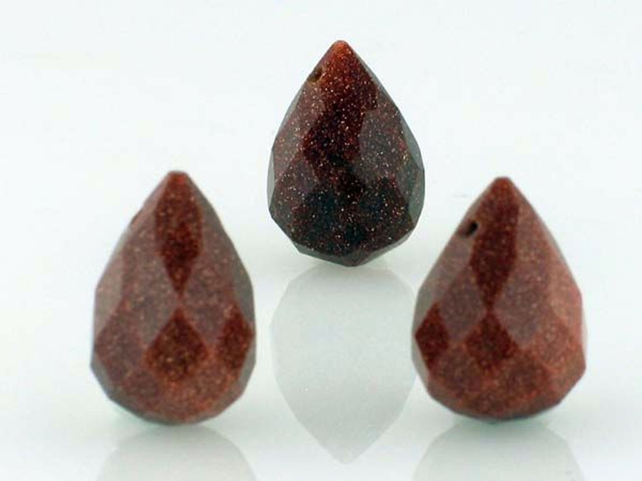 22 Ct Goldstone Faceted Drops (Sale)