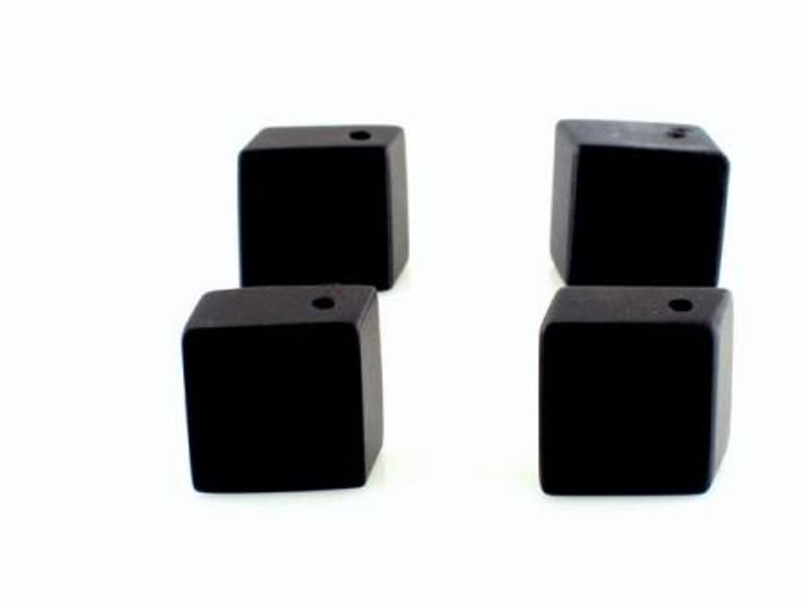 7 Count 19x18mm Black Onyx Matte Finish Cubes (Sale)