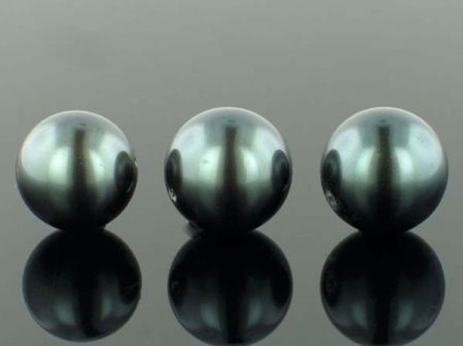 23 Count 18mm Gunmetal Shell Pearls (Sale)