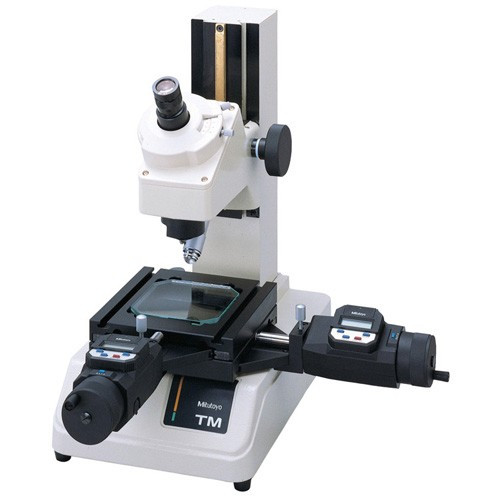 """Mitutoyo 176-820A TM-A505B Toom Maker's Microscope 2 X 2"""" Stage"""
