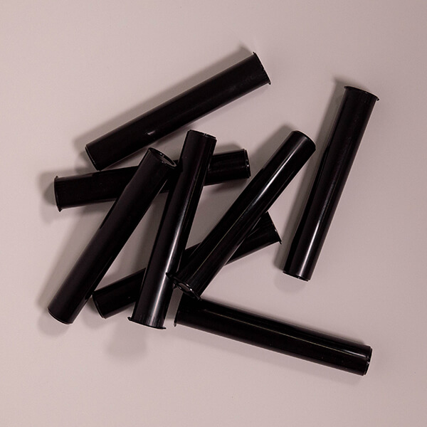 116mm black tubes scattered
