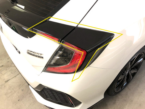 BlackoutTail Light Deck (2016-2019 Civic Hatchback)