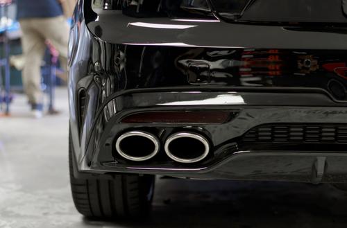 Rear Reflector Smoke Tint/Gloss Black Overlay | 2018+ Kia Stinger (GT Model Only)