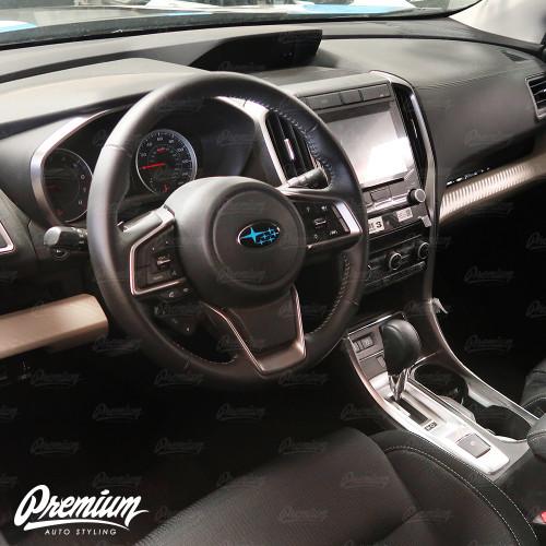 Steering Wheel Emblem in Hyper Blue