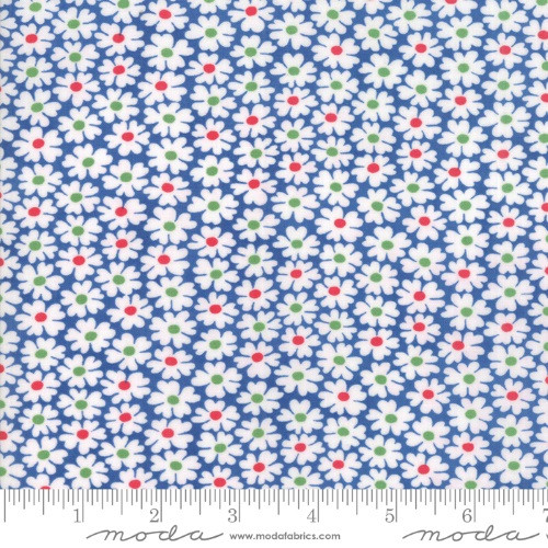 WHITE FLOWERS WITH GREEN & RED CENTERS ON BLUE FABRIC - 23314-16 True Blue